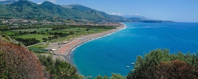 CALABRIA FLY & DRIVE